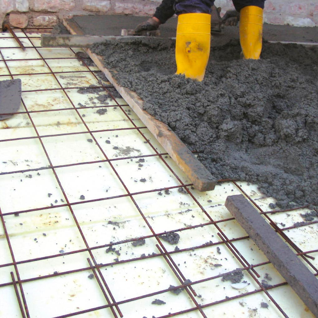Toiture en pente: rénovation, isolation, structure